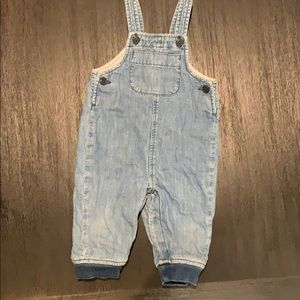 Gap denim overalls 6-12m